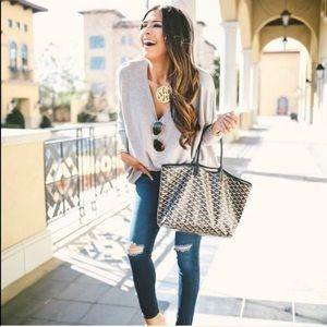 Handbags - NWT GORGEOUS GRAY BLACK & BROWN LEATHER STRAP TOTE